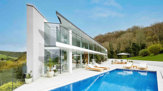 The house comes complete with an incredible infinity pool