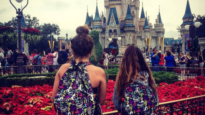 Nikki and her kids made it to Disneyworld