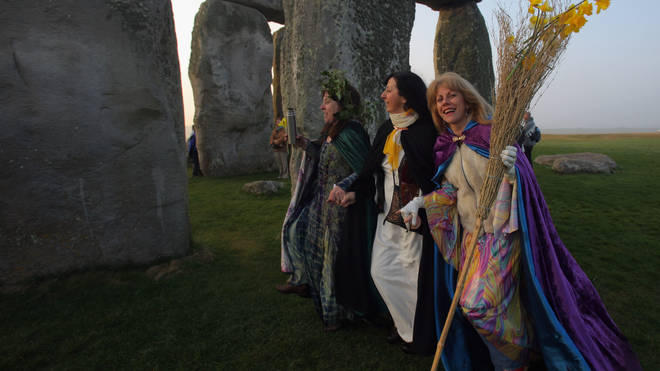 Druids Celebrate Spring Equinox At Stonehenge