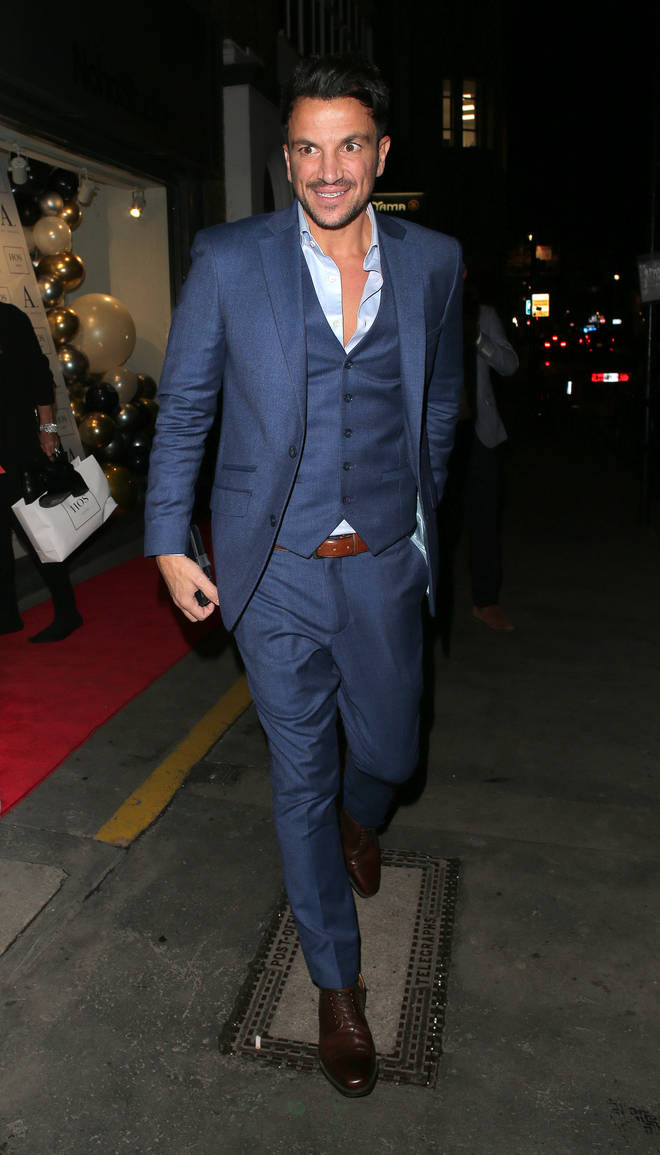 Peter Andre trains to look good while fully clothed, not half-naked
