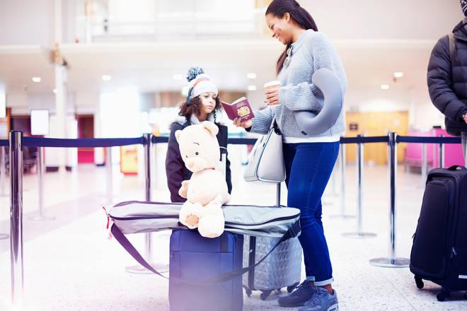 Parents kids airport delays