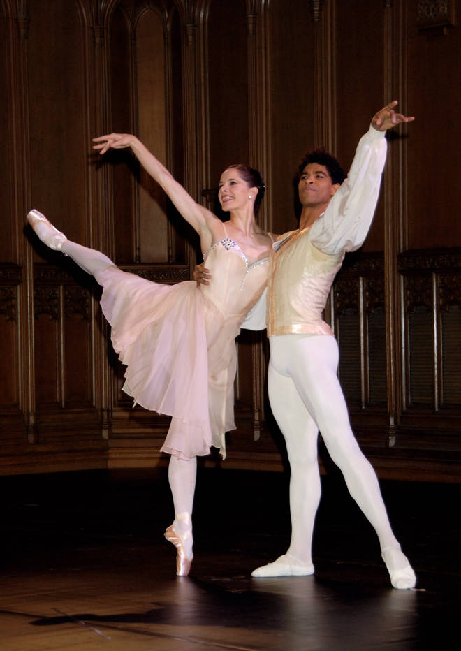 Darcey Bussell and Carlos Acosta perform together at The Diner des Tsars