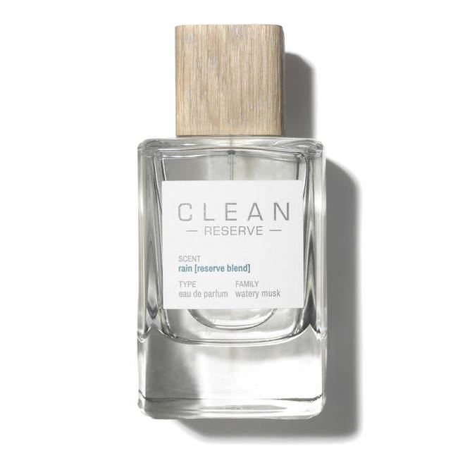 Clean Reserve's Rain scent comes in a stylish clear and wooden bottle