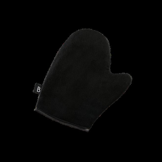 A self-tan mitt helps to create an even tan