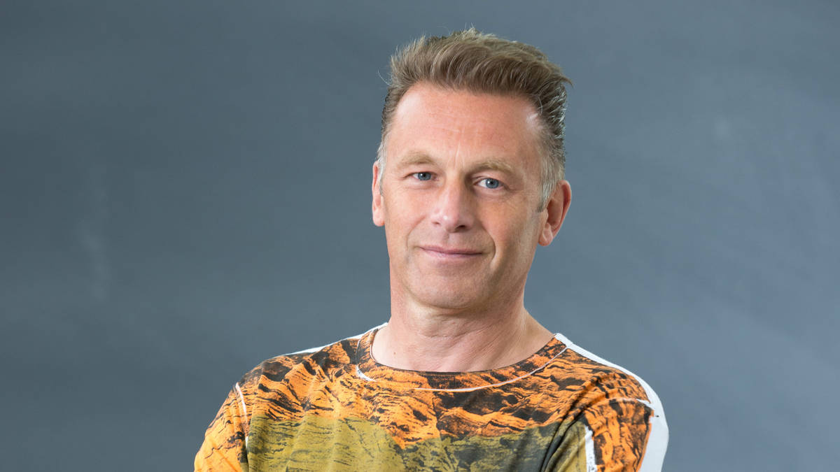 Springwatch Presenter Chris Packham Sent Dead Crows After