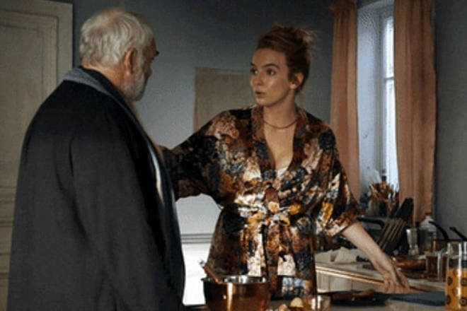 Villanelle's metallic silk robe is nothing short of sublime