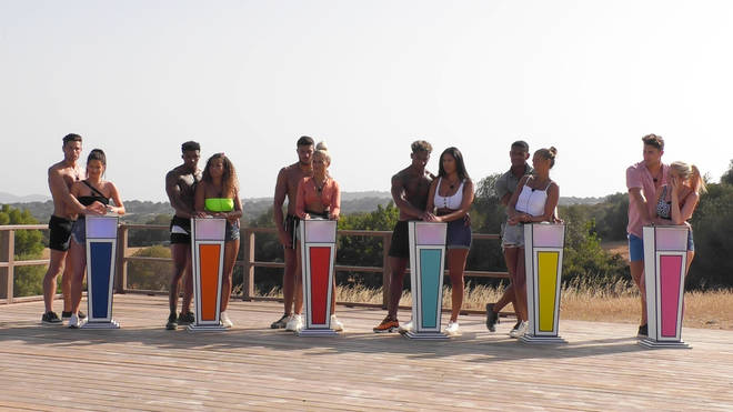 The Love Island contestants took on the Twitter challenge