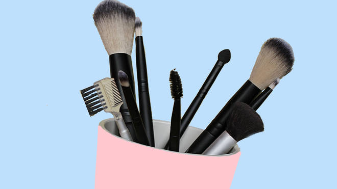 Any old pot can be used to be store brushes and other make-up items