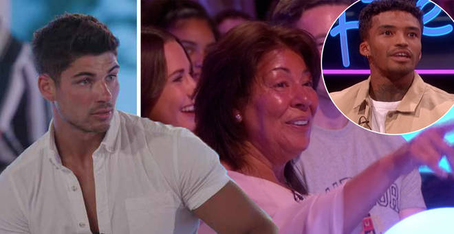 Anton's mum heckled Michael during Aftersun