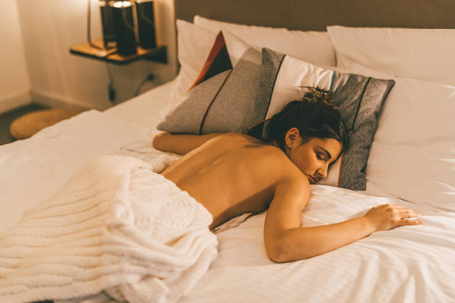 Sleeping naked isn't the right way to keep your body temperature at bay