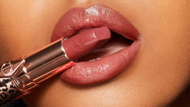 See revealed that Charlotte Tilbury herself recommended this shade of lipstick for her
