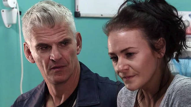 Robert is desperate to keep Vicky in Weatherfield
