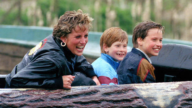 Fans have compared the pictures with those of Diana with her sons at Alton Towers