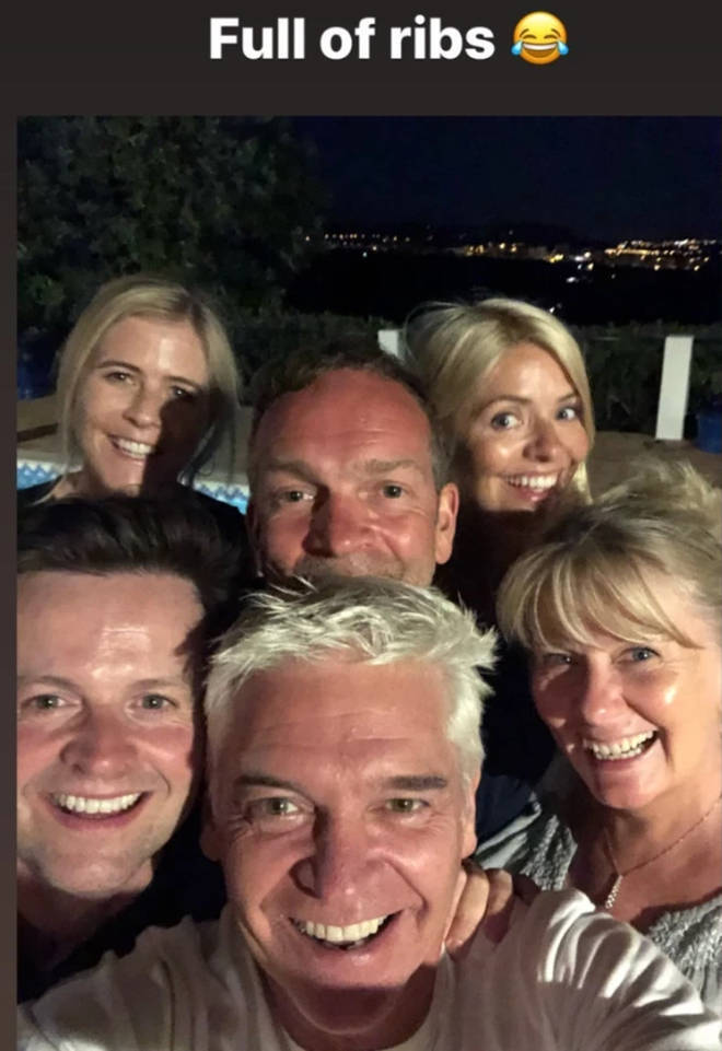 I'm A Celeb presenters Holly and Dec reunited on holiday
