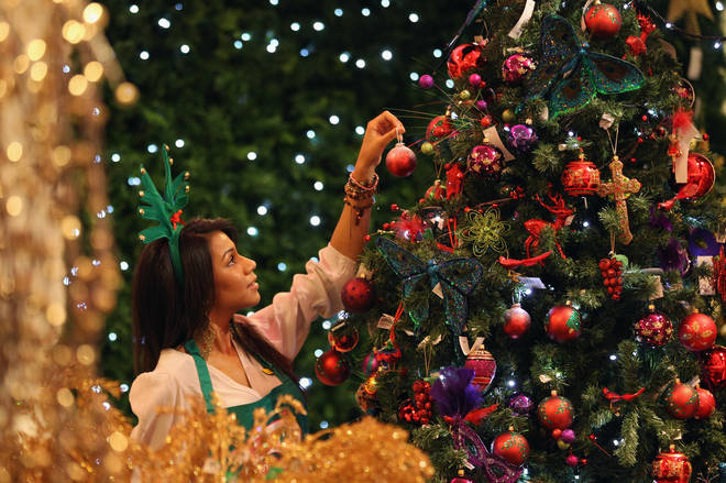 Turns out there might be genuine psychological benefits to getting your Xmas decs up early.