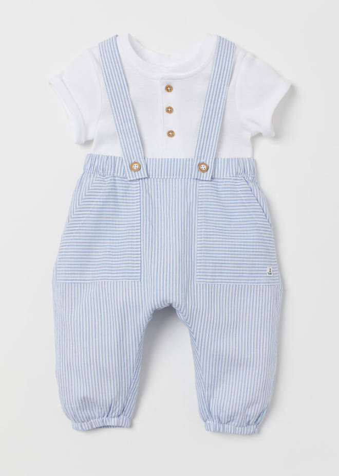 Baby Archie's H&M dungarees are only £12.99, and still in stock