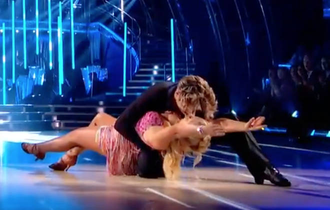The dancing duo set tongues wagging as they appeared to lock lips during their routine.