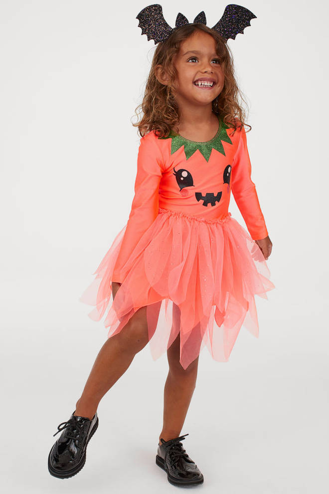 H&M is selling a sparkly pumpkin outfit