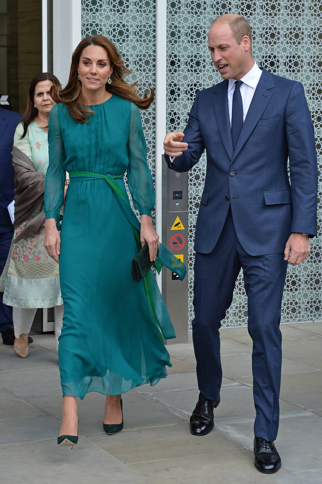 Kate Middleton looked stunning in a teal dress for the occasion