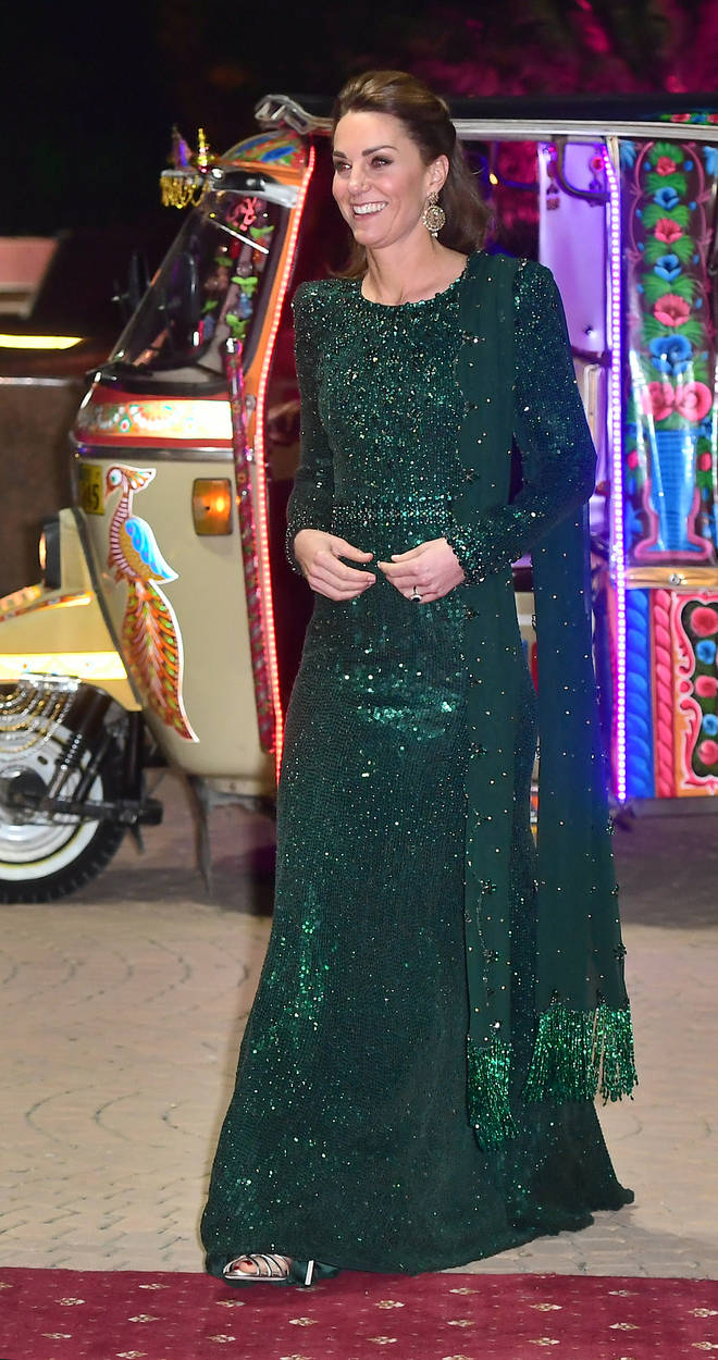 Kate Middleton stunned in a emerald green sequin gown