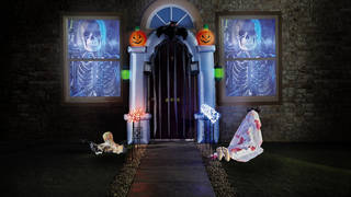 Aldi's inflatable arch makes any home look like a haunted house
