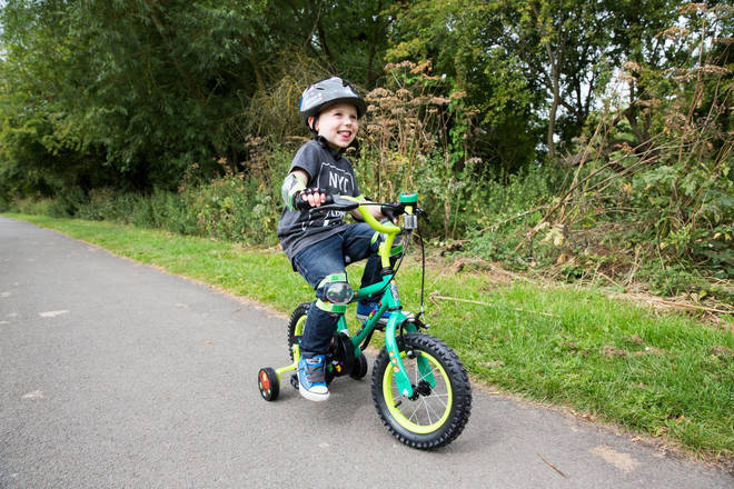 When your child is ready to leave the stabilisers behind, it can be a daunting prospect