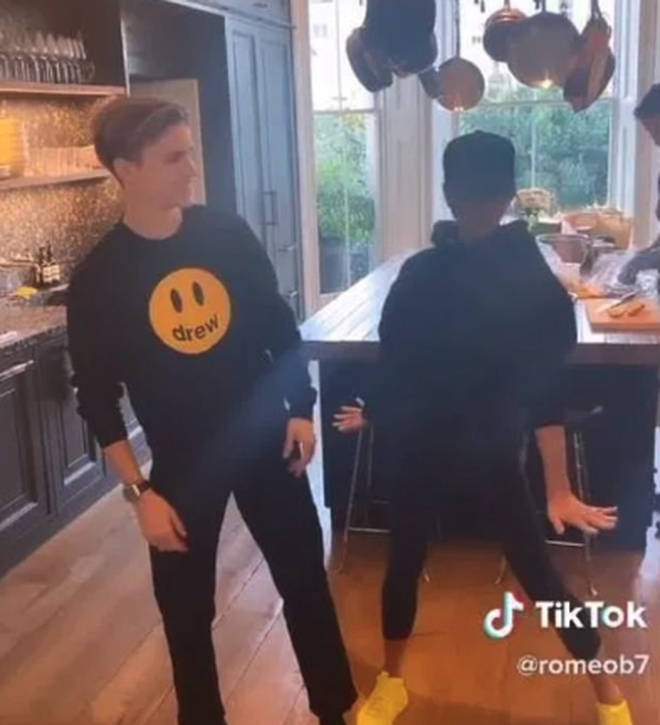 Victoria showed off her dance moves